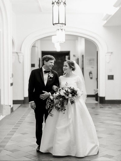 Courtney Hanson Photography - Festive Holiday Wedding in Dallas at Hickory Street Annex-4101