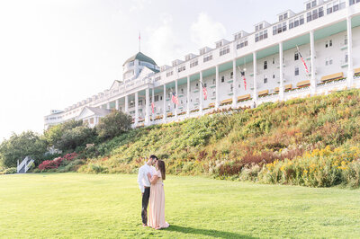 Grand_Hotel_Mackinac_Island_Engagement_Photos-1