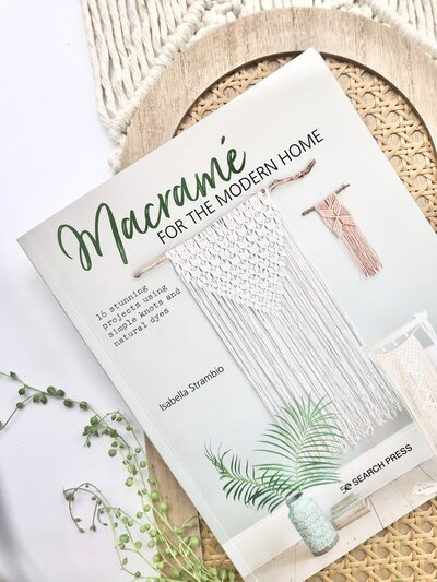 Book Macrame for the modern home by Isabella Strambio