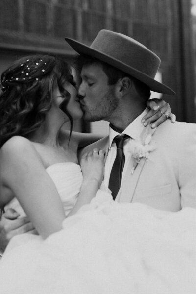Boho-Glam-Airbnb-Elopement-Colorado-Springs-112