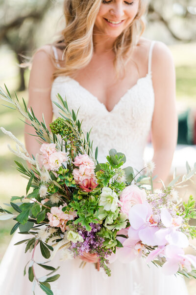 Kate Dye Photography Charleston Wedding Light Airy Bright Colorful 33
