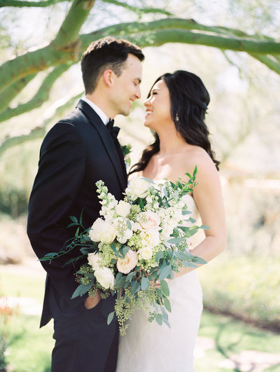 Green and white luxury wedding at private estate