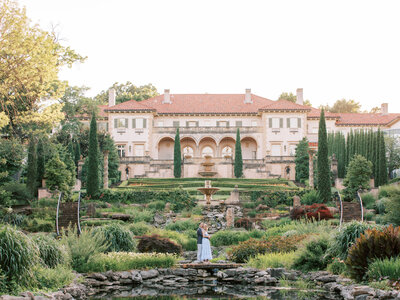 Addison-and-Cassie-Engagement-Photography-at-Philbrook-Museum-Laura-Eddy-140