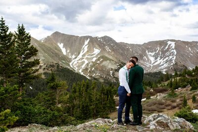 Josie_V_Photography_Gay_Colorado_elopement5