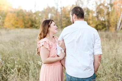 minneapolis-vineyard-engagement-photos-where-to-take-alexandra-robyn-photo_0016