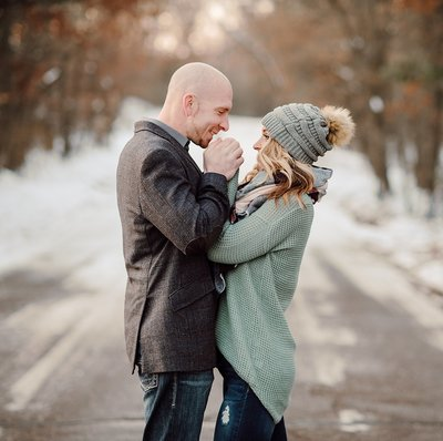 Outdoor-Winter-Couples-Session014
