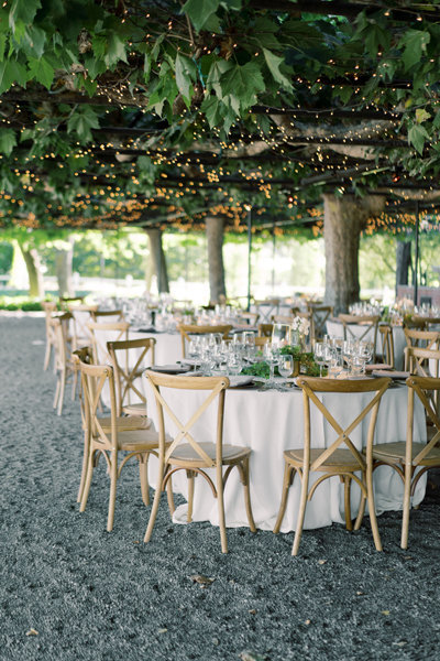 beaulieu gardens outdoor reception in the summer