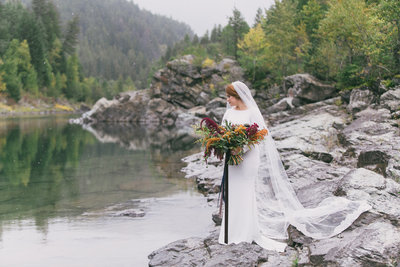 Jennifer_Mooney_Photography_Abbey_Stephen_Fall_Winter_Glacier_Park_Elopement-48