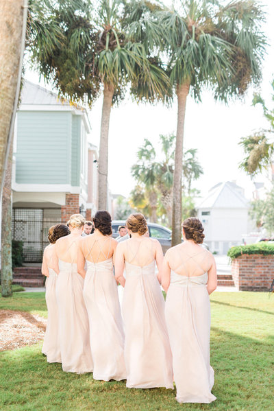 champagne-bridesmaid-dresses-bridesmaid-hairstyle