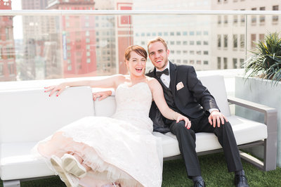 downtown-cleveland-rooftop-wedding-allison-ewing-photography-006-1