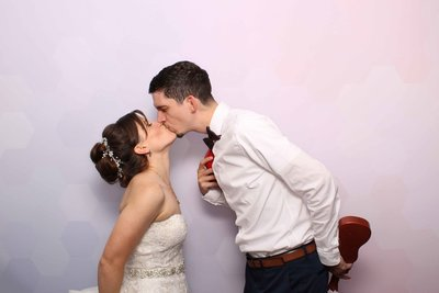 philadelphia-wedding-valley-forge-photo-booth-color-backdrop