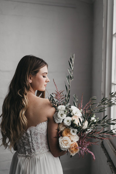 athena-and-camron-seattle-sydney-wedding-photographers-romantic-modern-boho-bride-inspiration15