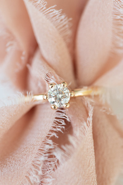 rose cold engagement ring silk robbon Tono and Co
