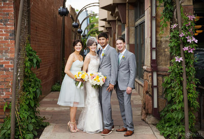 Pearl-Street-Mall-Wedding-Portrait-at-St