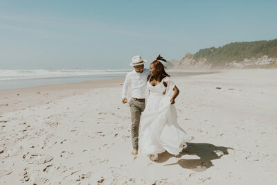 cape_kiwanda_oregon_elopement_photographer_3