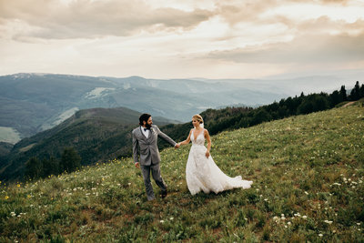 2BR-party-vail-deck-wedding-photos-colorado-wedding-photographer-3