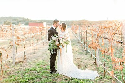 Hill-Country-Wedding-at-Turtle-Creek-Olive-Grove-wedding-venue-in-Kerrville-Texas-by-Wedding-Photographer-Allison-Jeffers_0081
