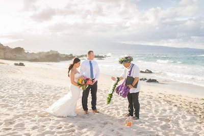 Couple getting married at Maui Beach wedding venue Ironwoods Beach