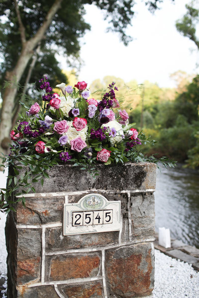 Outdoor wedding floral