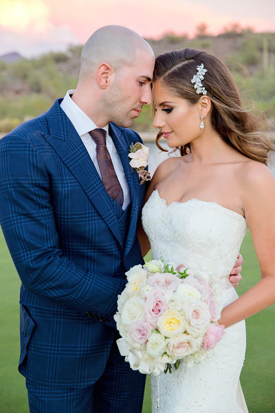 Glam Arizona wedding bride and groom
