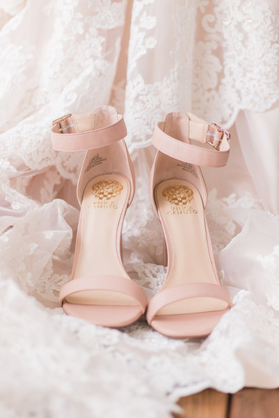 A Navy and Blush Hart 2 Hart Vineyard Wedding by Adrienne and Dani Photography