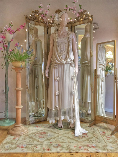 Marthe-1920s-flapper-silk-wedding-dress-JoanneFlemingDesign-2