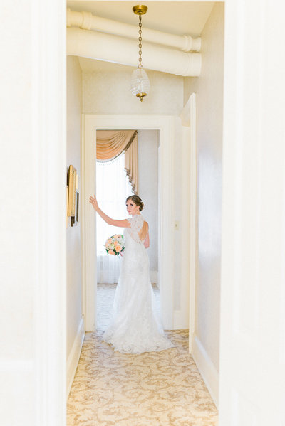 bridal portrait snowden house