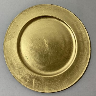gold round charger plate
