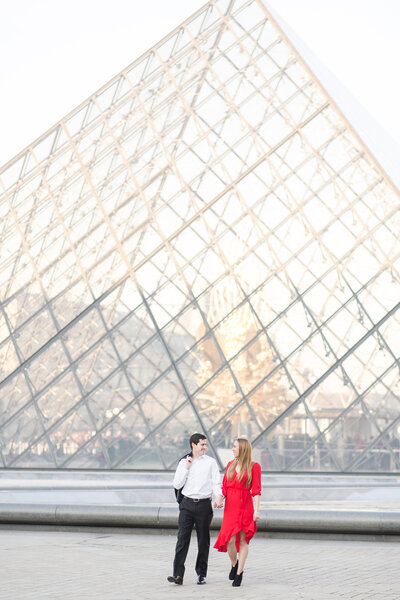 Paris Eiffel Tower and Louvre Engagement Session_Shauna and Jordon Photography 0039