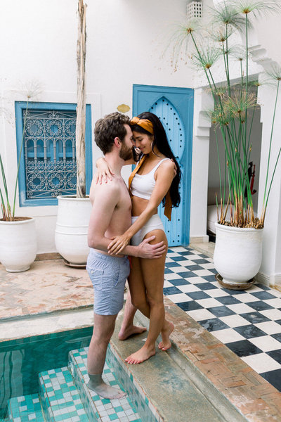 vintage-poolside-engagment-pictures (1 of 1)-16