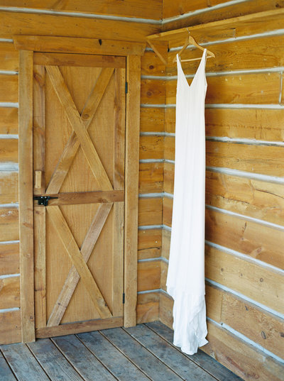 Simple & Elegant Wedding Dress at Private Ranch in Montana