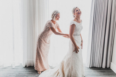 Maryland Wedding Photographer - M Harris Studios - Bride and Mother of Bride