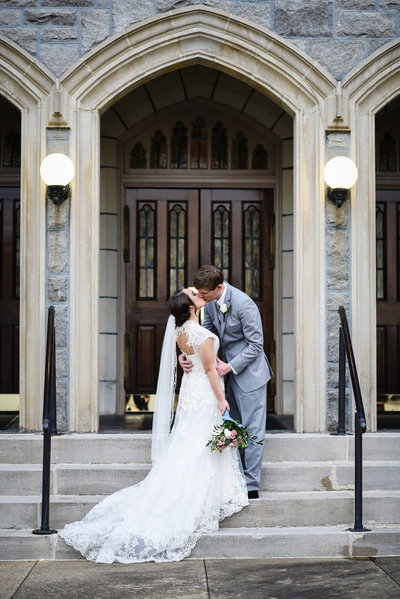 Couple on steps of First Presbyterian Church, Meridian, MS