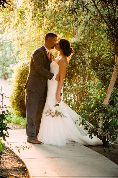 Garden-Wedding-Photos-by-Megan-Helm-Photography-Fresno-Wedding-Photographer