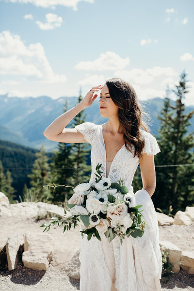 La Rue Floral Fine Art Wedding Elopement Florist Florals Colorado Destination Luxury Organic Casey LeGalley Denver Bouquet Lush Artistry12