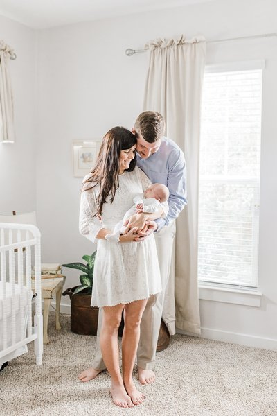 Charleston-Newborn-Photographer-Laura-Ryan-Photography_0008