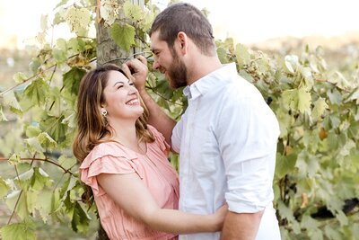 minneapolis-vineyard-engagement-photos-where-to-take-alexandra-robyn-photo_0012