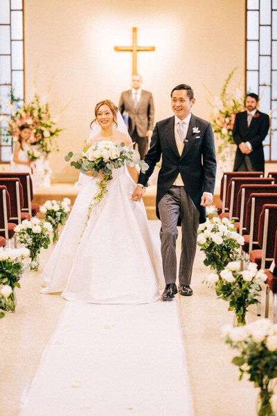 Seattle-Wedding-Photographer-And-Videographer-Intimate-Church-Wedding2