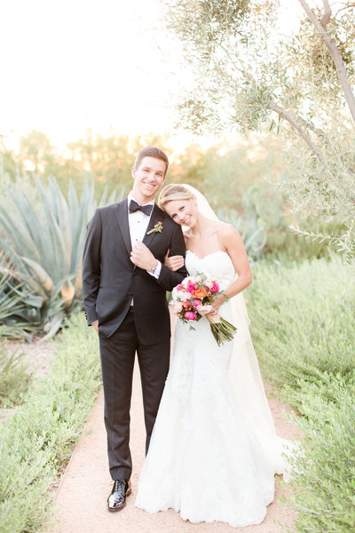 Coral El Chorro Wedding  Paradise Valley, Arizona | Amy & Jordan Photography