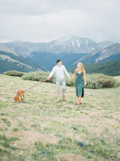 Melissa Brielle Photography Colorado Fine Art Wedding Engagement Photographer Photograph Melissa Minkner Light Airy Luxury High End6