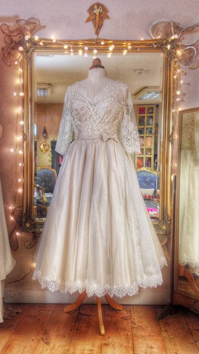 Annie_lace_silk_tealength_1950s_style_wedding_dress_JoanneFlemingDesign