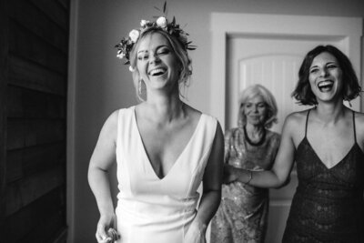 8-candid-ironwood-kentucky-wedding-photographer