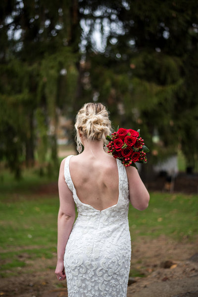 bride and bouquet-3145