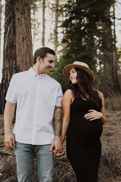 shaver lake boho maternity session