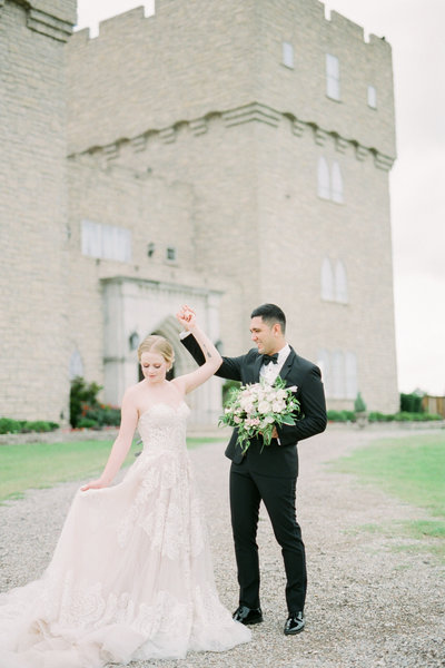 Wedding Photos at the Castle at Rockwall Dallas