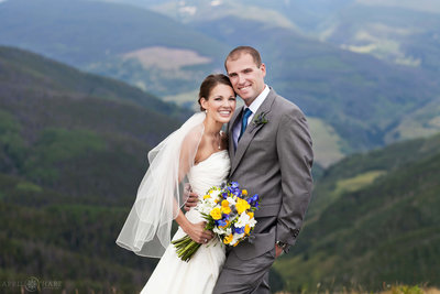 Gorgeous-Vail-Colorado-Wedding-Photography-Vail-Wedding-Deck