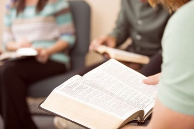 adult-bible-study-groups