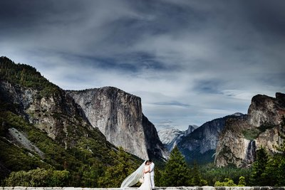 wedding at yosemite national park by stephane lemaire photography