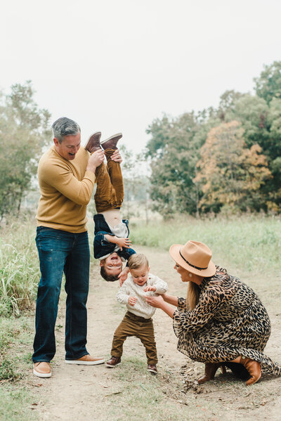 Dallas Family Photographer + Newborn Photographer - Lindsay Davenport Photography - Stephanie R October 2020 Mini-53