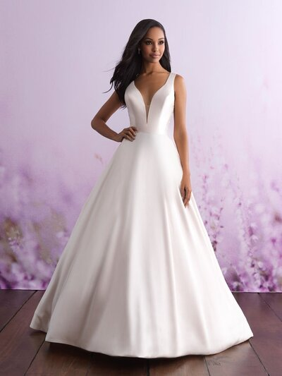 Sweet, sexy and ultra-glamourous - this modified A-line gown is incredibly stunning.